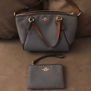 Dark & light blue Kelsey COACH bag w/wristlet